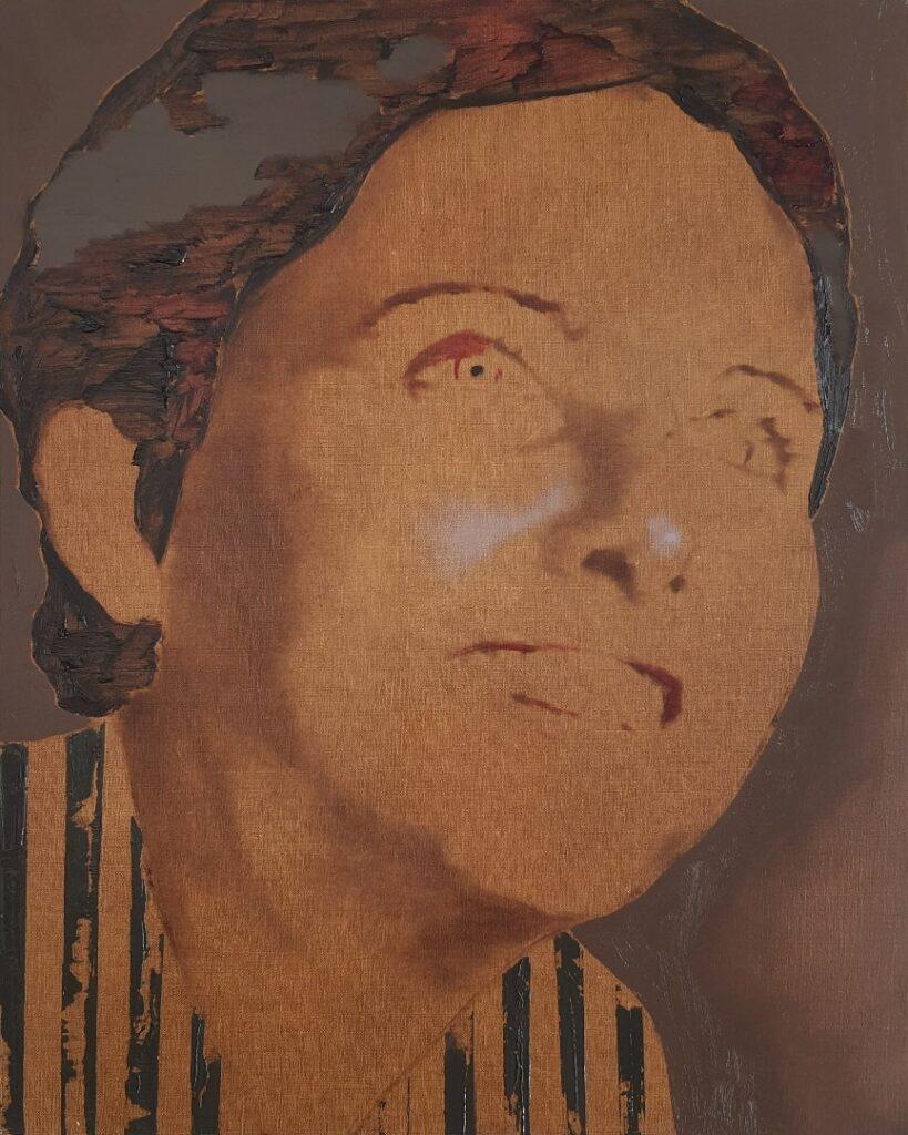 Smiling girl, oil on linen, 40x50, 2020